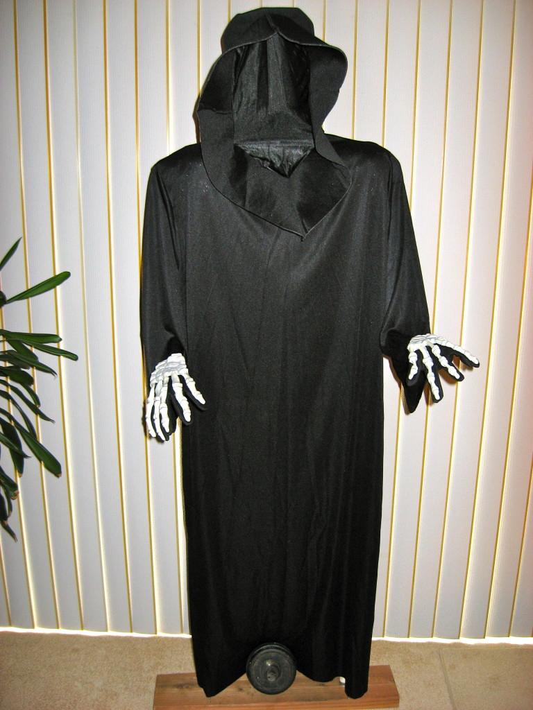Grim Reaper Halloween Prop