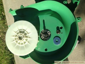 Hitachi RB24EAP Leaf Blower repair